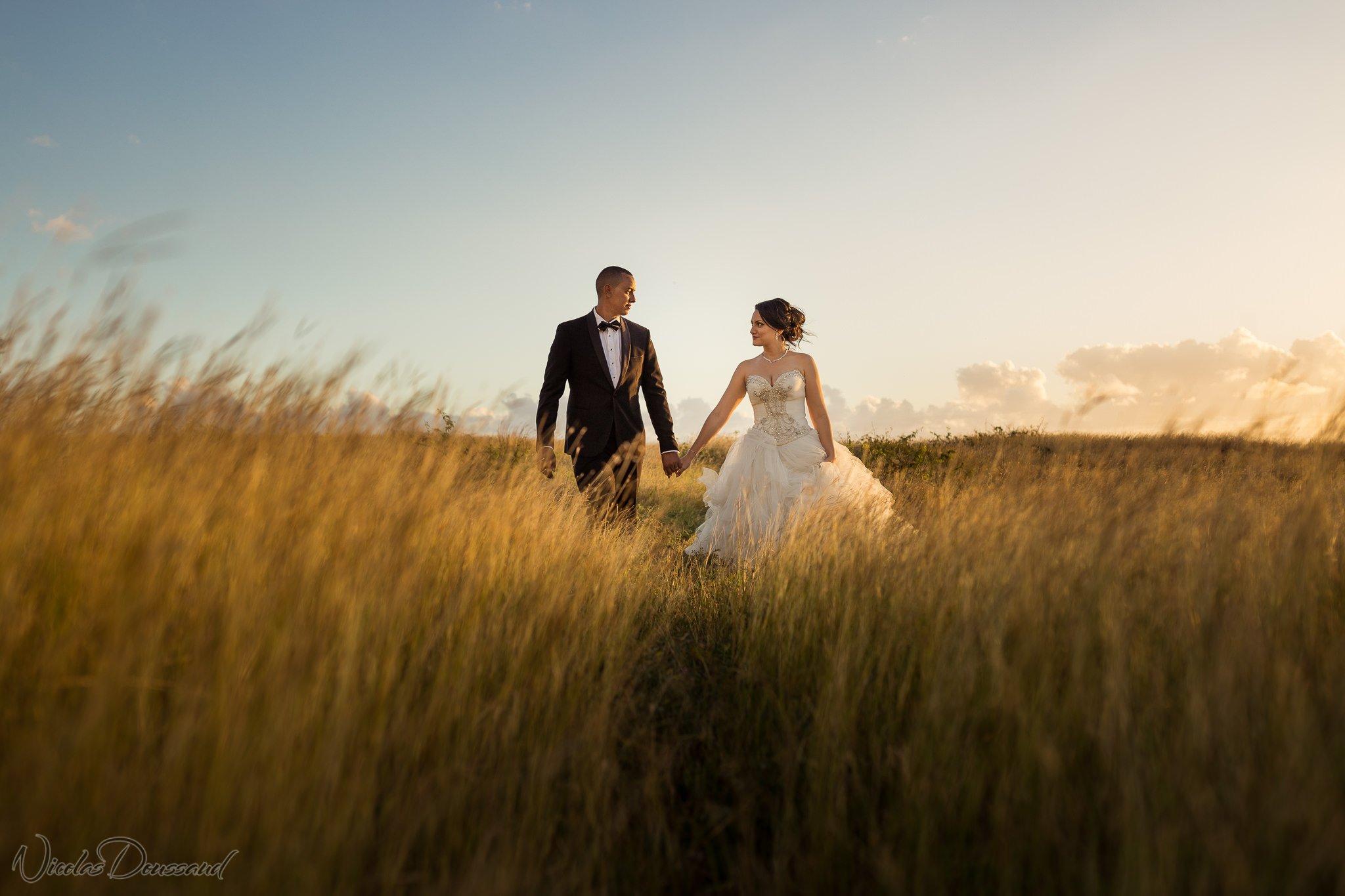 Photos de mariés dans la savane à l'ile de la Reunion